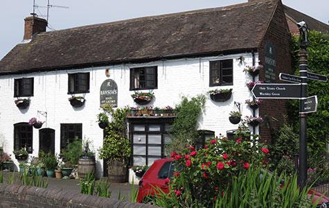 david-alexander-images-the-manor-pub